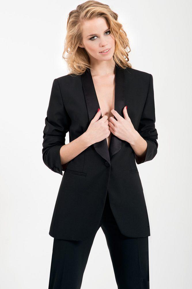 Fashion Editorial - Shopping Time